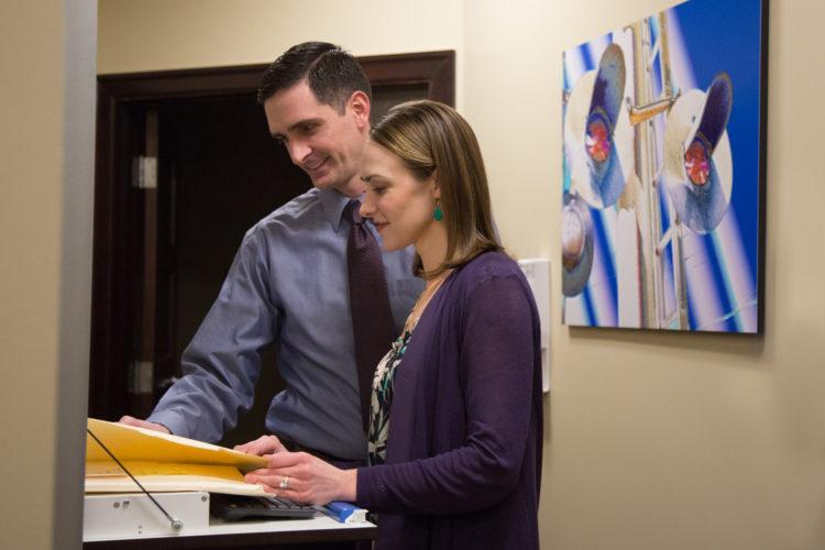 Landed Eye Associates - Fairlawn, Ohio - Dr. Allison Landed and Dr. Marc Landed